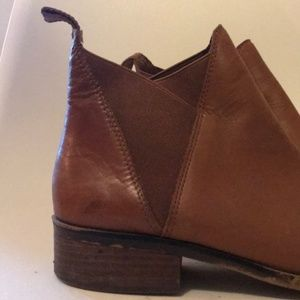 Aldo Shoes - Round Toed Carmel Colored Ankle Boots